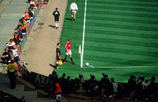 1999_FA_Cup_Final_Beckham_corner