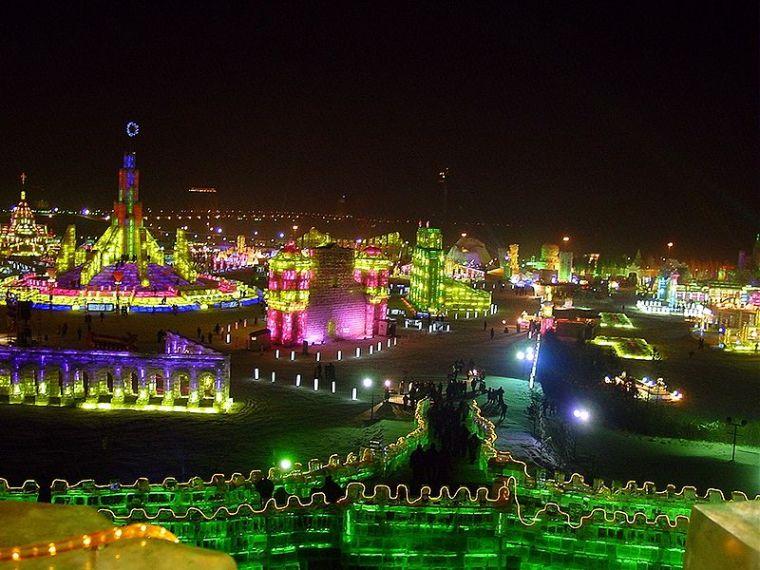 Harbin Ice Festival. Originally uploaded by LiYan.  Commons