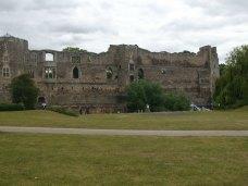001 Newark Castle (10)