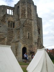 030 Newark Castle (2)