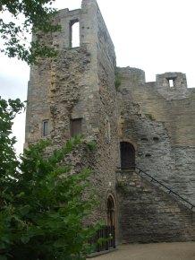 056 Newark Castle tower (1)