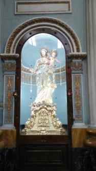 036 Inside Basilica 4