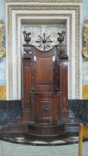 042 Inside Basilica 8