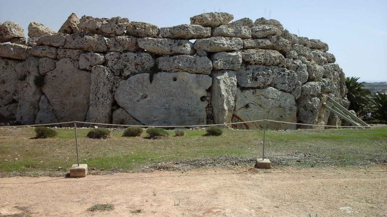 Outer temple wall