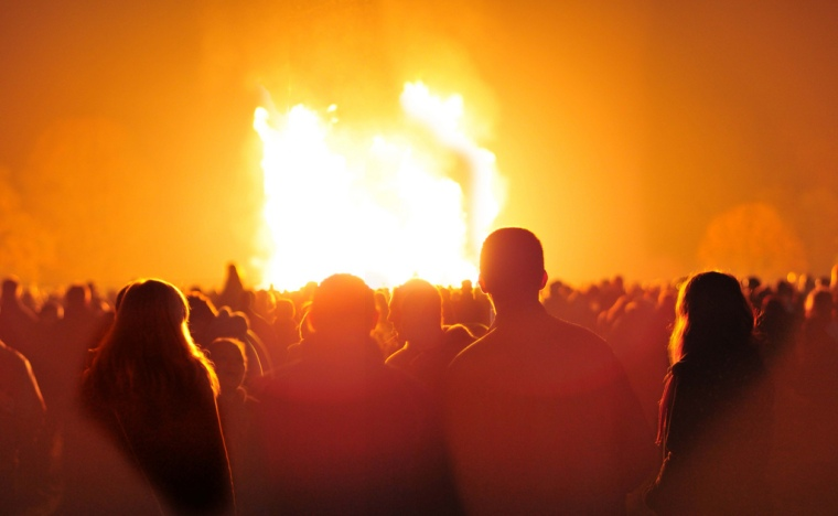 Spectators gather around a bonfire at Himley Hall near Dudley, on 6 November 2010