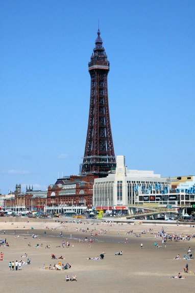800px-Blackpool_Tower_general_view