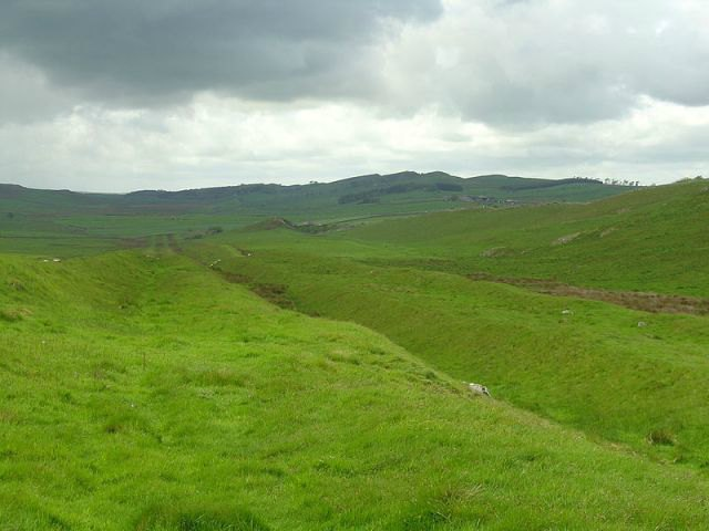 Vallum at Hadrian's Wall. Photographer: Optimist on the run. Creative Commons.