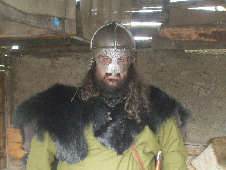 092 Bear in helmet 3