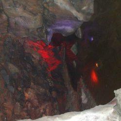 Cox's Cave (g)R