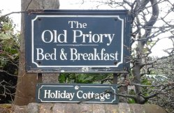 Old Priory Guest House and Holiday Cottage