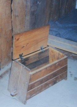 Viking storage trunk