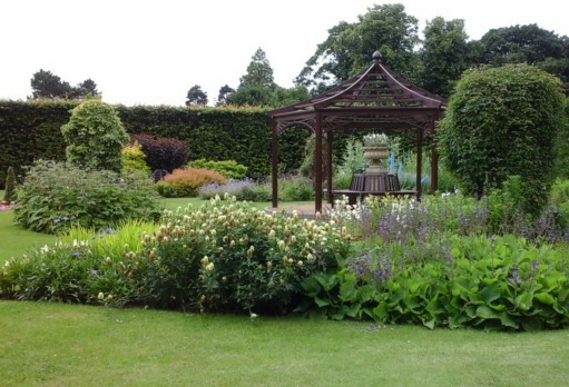 garden-and-gazebo-burnby-in-july