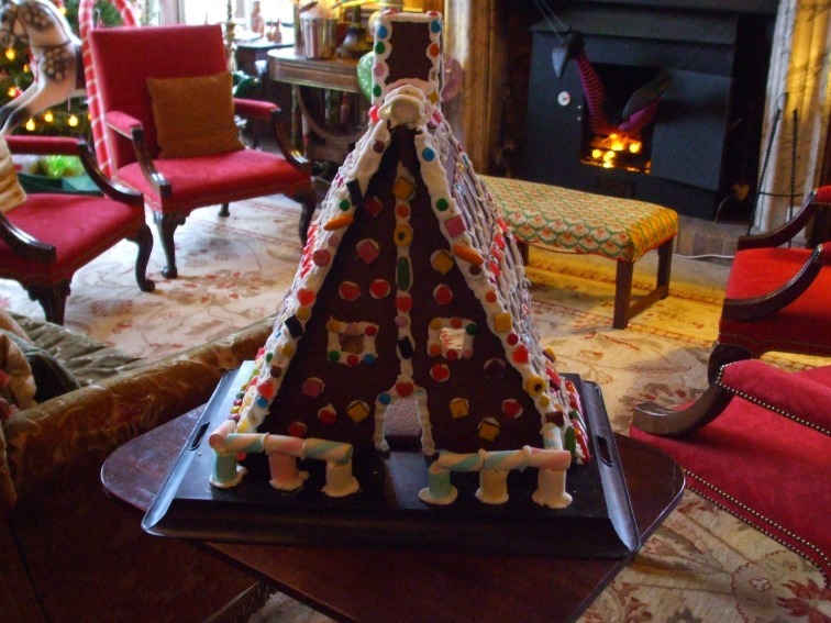 the-gingerbread-house-in-the-brown-parlour
