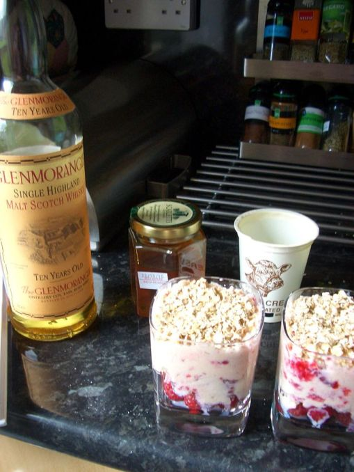 """The Best Scottish Dessert"" - Cranachan. Author: Saskia van de Nienwenhof from Edinburgh. Creative Commons"