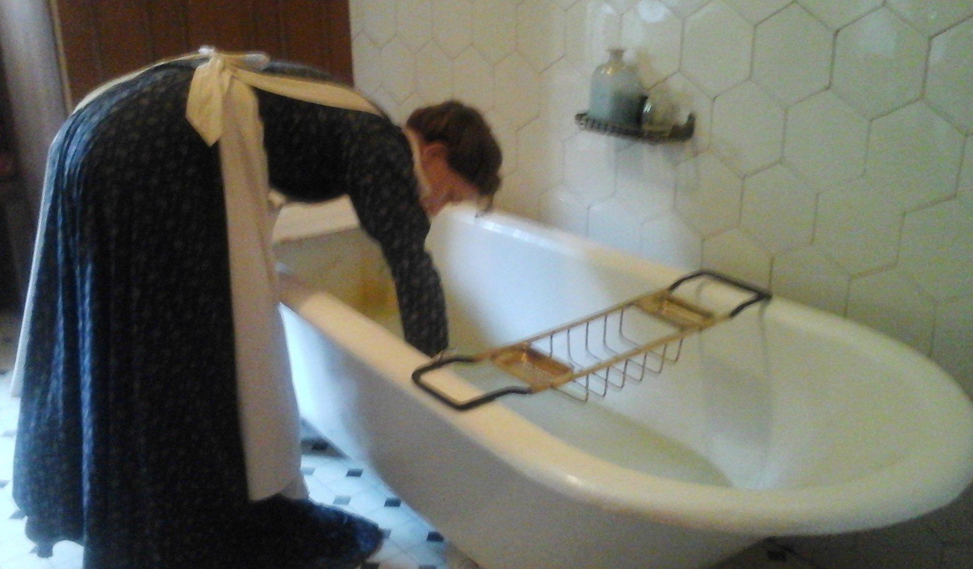 Maidpreparingabathforaguest Millie Thom - Bathroom maid