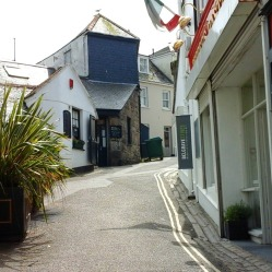lane-in-st-ives