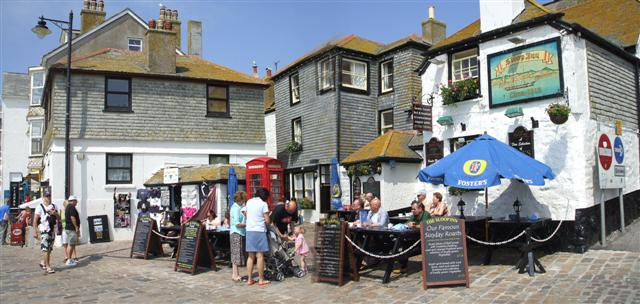 St Ives. The Sloop Inn, serving traditional food, is located here. From geograph.org.uk Author: Kenneth Allen Creative Commons
