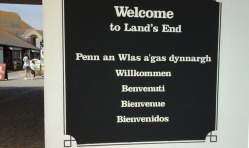 welcome-sign-at-lands-end