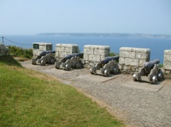 Row of cannons further along defensive wall