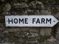 This way to the 1940s farm