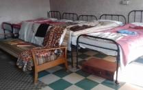 Bed-sit 10