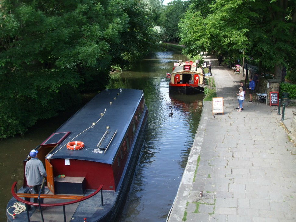 Boat rides on the Leeds and Liverpool Canal