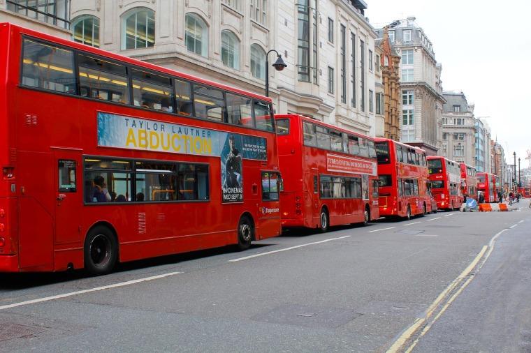 buses-833503_1920