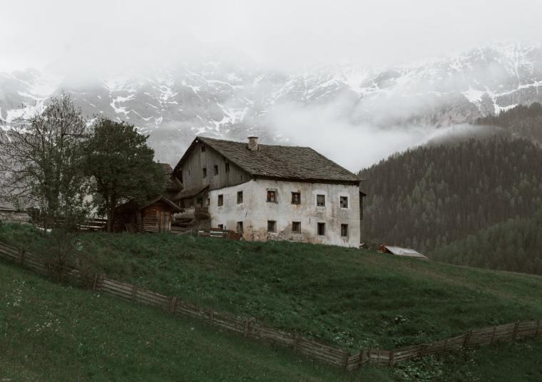 pexels-eberhard-grossgasteiger-4406176