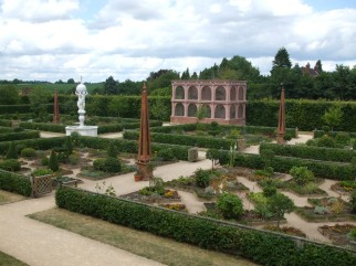 Privy Garden 4